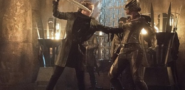 Dc's Legends of Tomorrow – S01E09 –  Left Behind
