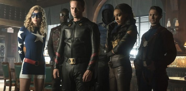 DC's Legends of Tomorrow – S02E02 – The Justice Society of America