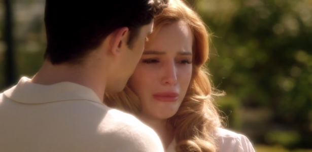 Famous in love – S01E08 –  Crazy Scripted Love