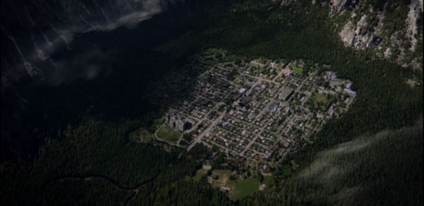 Wayward Pines – S01E02 – Do Not Discuss Your Life Before