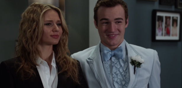 Faking It – S02E18 – Nuclear Prom