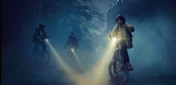 Stranger Things – S01E01 – Chapter One: The Vanishing of Will Byers [SERIES PREMIERE]